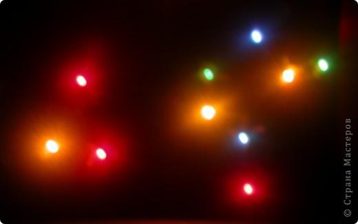 Моя звезда.  Моя звезда новогодняя и весит у меня на ёлке с верху,рядом с бантиками и колокольчиками. Необычную звезду на ёлке заметили мои друзья,им понравилось. фото 12