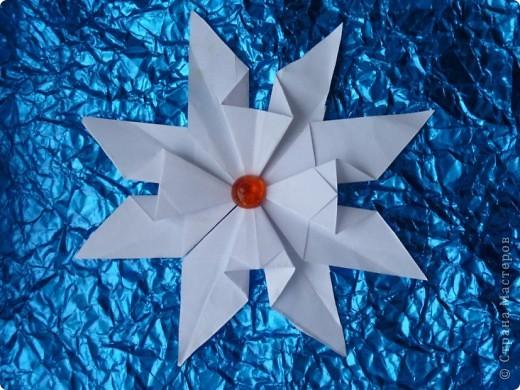 1.Тренеровочный полёт.Моя звезда. Это моя звезда. Она собрана из модулей: 8 шатлов,4 комет, 4 ракет. фото 4