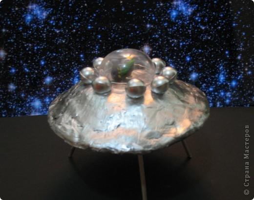 """СКА """"Небусиз"""" в полёте СКА - это спасательный космический аппарат. Эта тарелка летает вокруг Земли и спасает тех, кто попал в беду фото 5"""