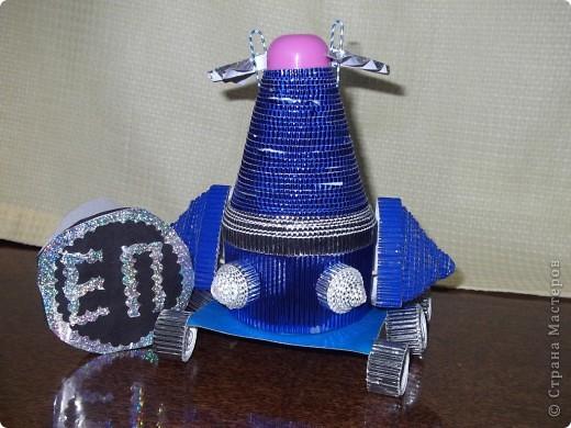 """Планетоход будущего """"Малышка"""" многоразового использования ( имеет возможность вернуться на корабль или орбитальную станцию). Стало жалко луноход """"Луна-1"""", который исчез. Поэтому у """"Малышки"""" есть крылья.  фото 1"""