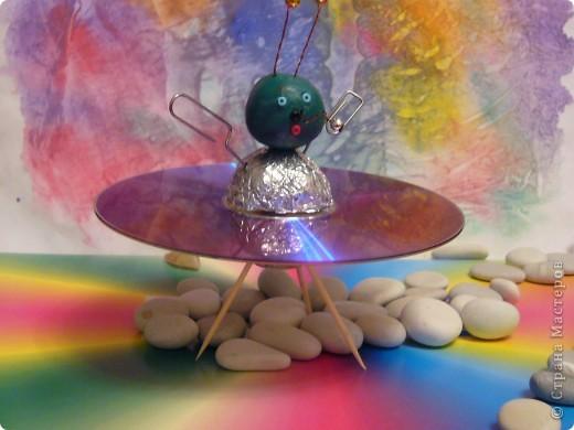 """На сказочной Радужной планете.На своей летающей тарелке """"Марс 1"""" фото 1"""