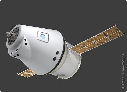 """...3...2...1...пуск! Первым я решила запустить в космос космический корабль """"Союз"""". Он сделан в технике """"квиллинг"""" из гофрированного картона по замечательному мастер-классу Елены Жуковой """"Союз"""" - это серия многоместных советских и российских космический кораблей, которые предназначены для полётов по околоземной орбите. фото 4"""