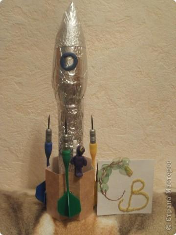 """Какая у нас огромная галактика и каких летающих объектов только не придумали. Вот и я отправляюсь в путешествие и так  первая ракета-носитель """"""""ДД-3"""", ее миссия: узнать есть ли жизнь на Марсе? фото 20"""