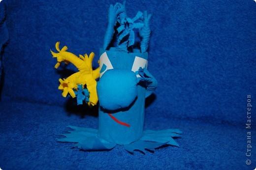 Житель Водной планеты Голубчик с букетом подводных цветов фото 1