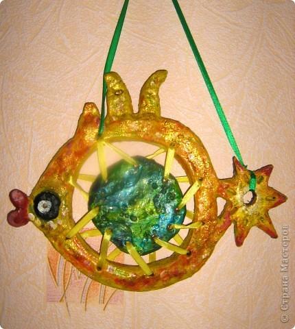 """Картина маслом (моя) по мотивам картины Торопова """"Цветы и фрукты"""". размер А2. Я выбрала тему биология. Пища будущего. В будущем, да и вообщем-то сейчас так мало натуральных овощей и фруктов, так много химии, что настоящие полезные плоды останутся только на картинах. фото 8"""