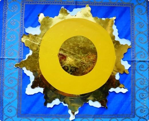 Давным, давно в Древней Русси солнце это был бог, а называли его Ярило. Вот так изображали солнце на Русси в виде скачущего могучего богатыря. фото 8