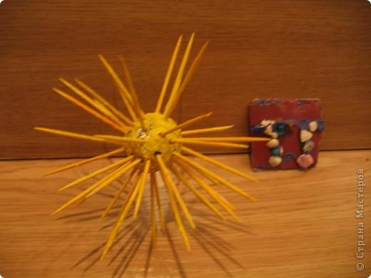 Солнышко из гофротрубочек. фото 3