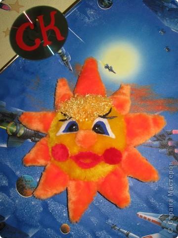 Без Солнца невозможна никакая жизнь на Земле. Солнце отдает Земле свое тепло. А когда отдаешь тепло, тогда помогаешь жить другим.  фото 1