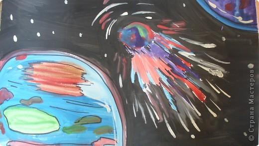 РИСУНОК. ПЛАНЕТЫ. Планеты Меркурий, Венера, Земля и Марс объединены в одну группу планет земного типа. По своим характеристикам они значительно отличаются от Юпитера, Сатурна, Урана и Нептуна, которые образуют группу планет-гигантов. источник информации:http://www.orion-shop.ru фото 2
