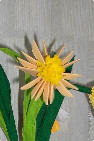 Целый букет сделан в технике модульного оригами. фото 2