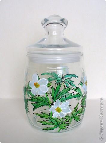 Весна вдохновила меня расписать подснежниками-ветреницами стеклянную банку. фото 1