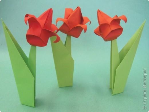 Алые тюльпаны - вестники весны. Оригами-тюльпаны на грядке. фото 3