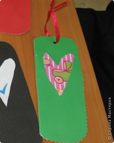 На занятиях сделали вот такую симпатичную мышку - закладку. фото 2