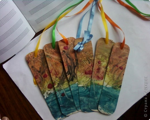 Закладки выполнены в технике энкаустика. фото 4