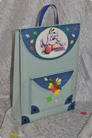 Этот подарочек для первоклашки подготовила своему сынуле, хоть он еще и мал :-) фото 2