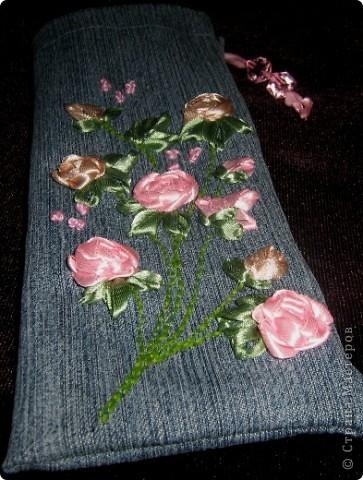 Такой пенальчик с букетиком полиантовых роз сотворился сегодня ночью. фото 2