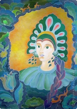 27 января 1879 родился Бажов Павел Петрович, знаменитый русский писатель, знаменитый уральский сказочник,  талантливый обработчик народных преданий, легенд, уральских сказов.  Хозяйка Медной горы  - это один из самых ярких образов сказов Бажова.  Образ Хозяйки Медной горы, или Малахитницы, в горнорабочем фольклоре имеет разные варианты: Каменная девка, Девка Азовка, Горный дух. Все эти персонажи являются хранителями горных недр. Она предстает перед нами как сказочная царевна. фото 3