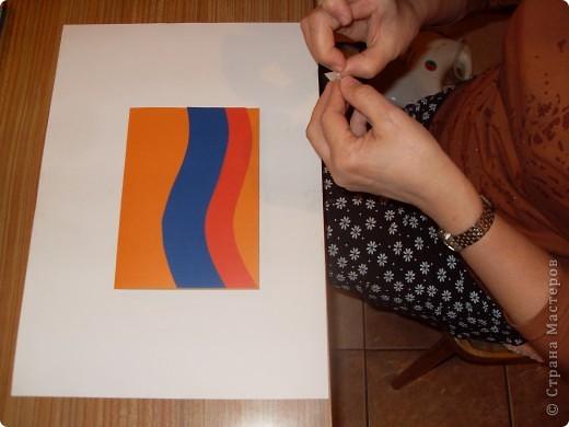 Знакома со многими техниками прикладного творчества. Люблю делать открытки, вот одна из них (в техниках аппликация и айрис фолдинг). фото 2