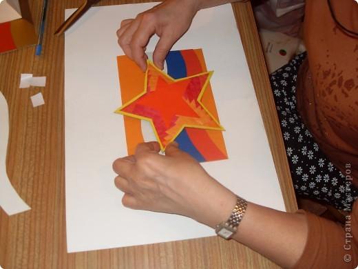 Знакома со многими техниками прикладного творчества. Люблю делать открытки, вот одна из них (в техниках аппликация и айрис фолдинг). фото 4