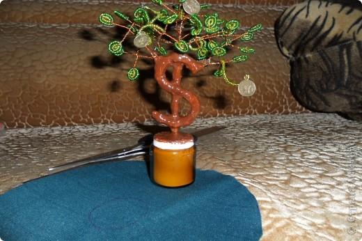 """Мне очень нравятся поделки из бисера. И я попробовала сделать по МК https://stranamasterov.ru/node/276301 """"денежное"""" дерево. фото 3"""