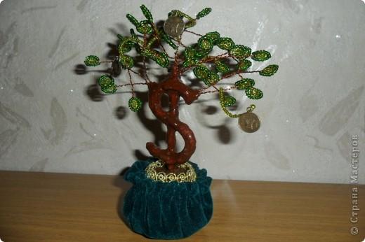 """Мне очень нравятся поделки из бисера. И я попробовала сделать по МК https://stranamasterov.ru/node/276301 """"денежное"""" дерево. фото 1"""