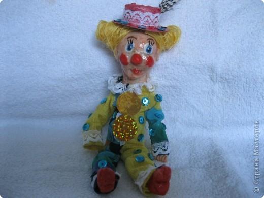 В третью субботу апреля отмечается День цирка. А какой же цирк без клоуна?  Вот такой забавный Клепа получился у меня из соленого теста! фото 1