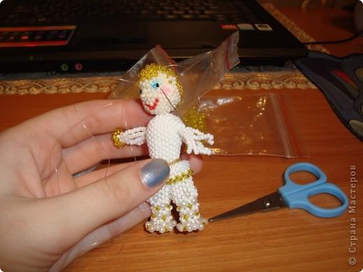Человеческие образы для меня что-то новое! Хотелось сделать каждую куколку неповторимой, разные платья, причёски. Работа продвигалась медленно, но, на мой взгляд, это стоило того! Куколки отлично смотрятся в интерьере на полке. фото 7