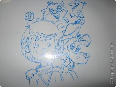 """Самый любимый мой мультфильм - это """"Трое из Простоквашино"""". Герои в нем добрые, трудолюбивые, с юмором.  По  книге Э.Успенского про Дядю Федора «Дядя Федор, пес и кот» было сделано несколько  популярных мультипликационных фильмов: «Дядя Федор, пес и кот», «Трое из Простоквашино». Главным героем был шестилетний мальчик, которого звали Дядей Фёдором за то, что он был очень самостоятельным. После того, как родители запретили ему оставить в квартире говорящего бездомного кота Матроскина, Дядя Фёдор ушёл из дома. Вместе с Матроскиным и псом Шариком они втроём поселились в деревне Простоквашино.  фото 2"""