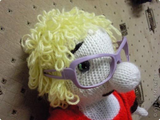 Вот такая бабулька-блондинка у меня получилась!Бабулька связана под руководством Марморина. фото 6