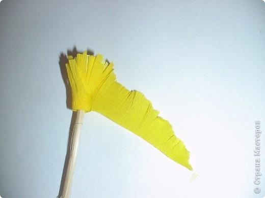 Расцвел в саду любимый мой пион… Наполнил воздух нежным ароматом… Таким родным, знакомым и приятным, что о былом опять напомнил он. Букет пионов в цветочном горшке выполнен из креповой бумаги в технике квиллинга фото 2