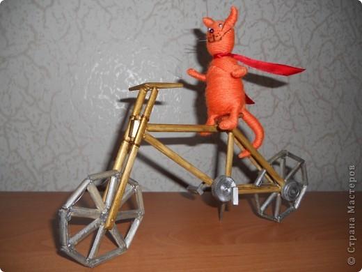 12 мая в Нидерландах празднуется день велосипедиста. именно к этому празднику приурочена наша работа - деревянная модель велосипеда. фото 6