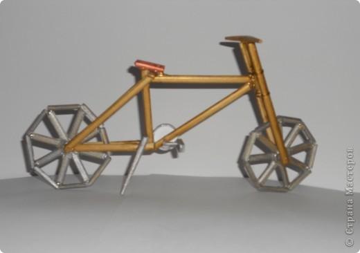 12 мая в Нидерландах празднуется день велосипедиста. именно к этому празднику приурочена наша работа - деревянная модель велосипеда. фото 2