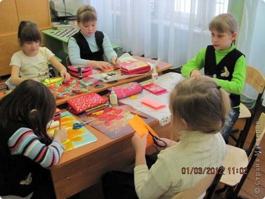 """Дружную цветочную семейку решили мы сделать с девочками из кружка """"Бумажные фантазии"""". фото 2"""