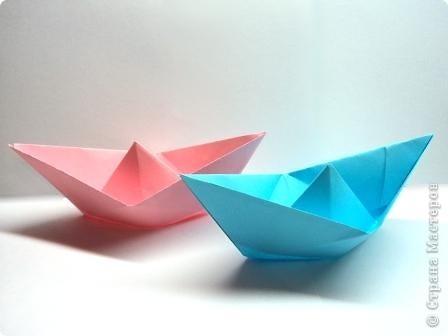 День бумажного кораблика заприметила давно. Все время загадывала не появились ли конкурсные работы, а их все нет и нет. Решила показать пример.   фото 1