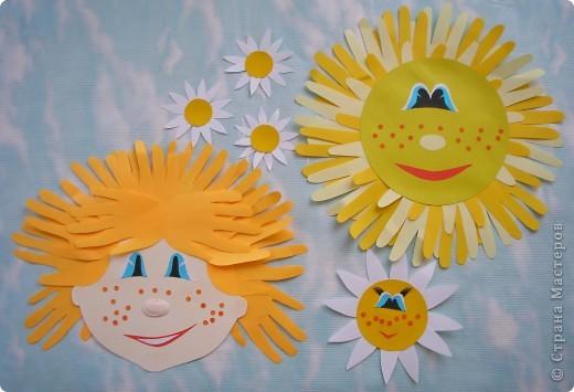 """К празднику Первой веснушки Кристина решила сделать вот такого Рыжика. Подумала - подумала Кристина и добавила солнышко, как в песенке. Помните весёлую песенку - дразнилку Э. Успенского """"Рыжий, рыжий, конопатый""""?  """" ...В небе солнышко горит, Солнце с неба говорит: Я ведь тоже рыжим уродилось. Я ведь, если захочу, Всех подряд раззолочу, Ну-ка, посмотри, что получилось!"""" фото 1"""
