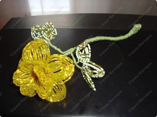 Круговая французская техника плетения бисером Изготовление цветов из бисера и проволоки,различные способы и приемы...