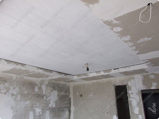 "Vasil Dziashkouski hand made. [video:https://www.youtube.com/watch?v=6mLZUxPFES0 width:640 height:360 ]  Это окончательный вид подвесного потолка из гипсокартона и профилей типа ""Армстронг"".  фото 14"