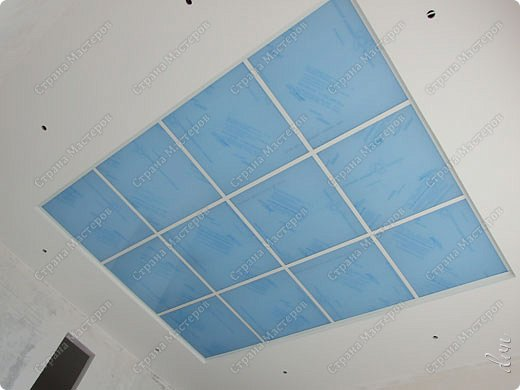 "Vasil Dziashkouski hand made. [video:https://www.youtube.com/watch?v=6mLZUxPFES0 width:640 height:360 ]  Это окончательный вид подвесного потолка из гипсокартона и профилей типа ""Армстронг"".  фото 19"