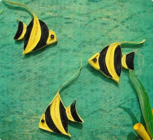 Картина панно рисунок Мастер-класс Экскурсия Квиллинг Тайны морского дна + mini МК Бисер Бумага Бумажные полосы Бусины Картон гофрированный Пастель Ткань фото 13