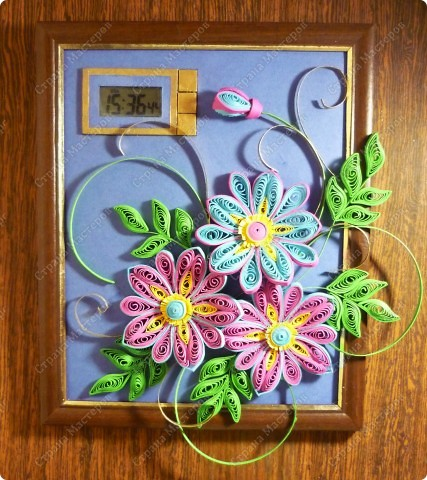 Часики с декоративными цветочками. К моему превеликому счастью наконец в интерьере)) фото 1