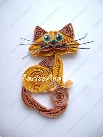 У меня - букет котов Изумительной красы, И  в отличие от цветов, Он мяукает в усы. Я несу букет котов, Дайте скорее вазу. Очень свежие коты - Это видно сразу! фото 4