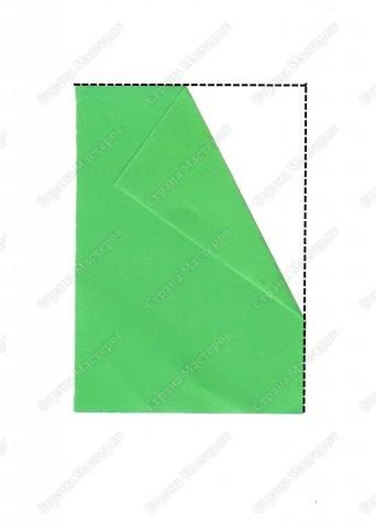 Скоро праздник. Дел у нас очень много, но занятия продолжаются. Сегодня будем решать несколько задач. Первая: вспомним приемы оригами и сложим елочку, которая украсит наш новогодний стол.  фото 3