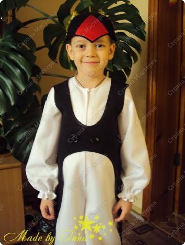 Вот такой костюм пингвина я изобразила для младшего. Хотела выставить раньше, да не было времени. фото 8