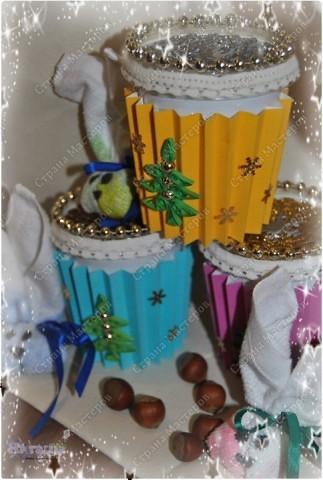 Вот и я начала дарить подарки... Идея пришла из интернета (см. http://www.liveinternet.ru/users/katra_i/post129229241/) - и, конечно, что-то добавлено свое :-) фото 1