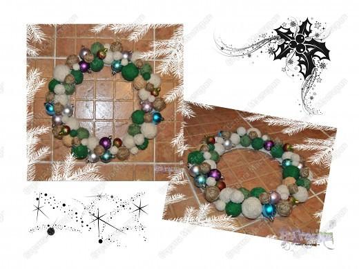 Такой рождественский веночек приятно сделать как украшение на праздник или подарить. Еще плюс в том, что можно использовать остатки пряжи, ниток... - все зависит от фантазии! фото 1