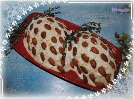 Позвольте и мне поделится моим новогодним меню, которое было на столе в новогоднюю ночь 2010-2011 года. Помимо этих блюд на столе был тортик (см. http://stranamasterov.ru/node/133781) и свинина с картофелем, запеченная с ананасами и грибами под сыром с майонезом (увы, не успела сфоткать) фото 3