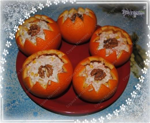 Позвольте и мне поделится моим новогодним меню, которое было на столе в новогоднюю ночь 2010-2011 года. Помимо этих блюд на столе был тортик (см. http://stranamasterov.ru/node/133781) и свинина с картофелем, запеченная с ананасами и грибами под сыром с майонезом (увы, не успела сфоткать) фото 4