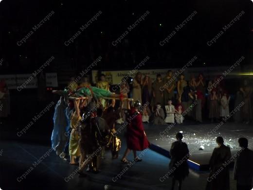 Хочу поделиться с Вами еще одним событием, которое меня поразило до глубины души. 17 декабря 2010 года во Дворце спорта «Видное» состоялось торжественное закрытие VIII Московских областных Рождественских образовательных чтений «Учитель! Пред именем твоим позволь смиренно преклонить колени…» фото 7