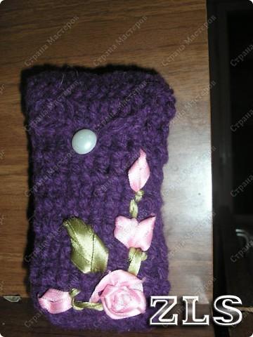 Чехол на мобильный телефон крючком с вышивкой лентами
