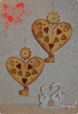 Моим мужичкам в Валентинов день я подарила вот такие вкусные валентинки-печеньки!  Рецепт очень прост и приготовление тоже не трудное. А радости море!!! :-))) фото 1